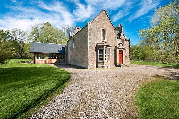 The Old Manse, Killearnan, Tore Muir of Ord IV6 7RY