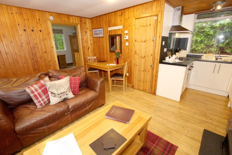Pinemarten & Red Deer, Wildside Holiday Lodges,IV2 6UN extra photo 3