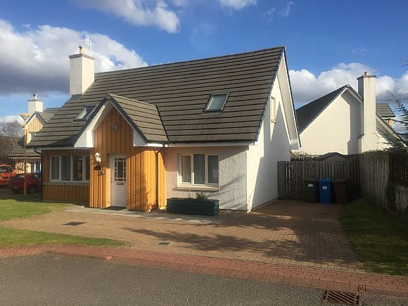 Stag Lodge, 10 Johnstone Road, Aviemore
