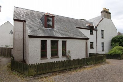 11 Priory Court, Beauly