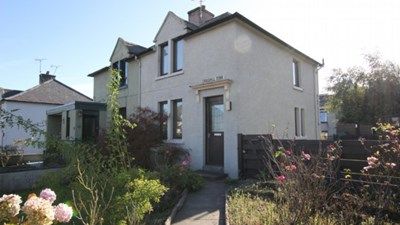 15 Craighill Terrace, Tain
