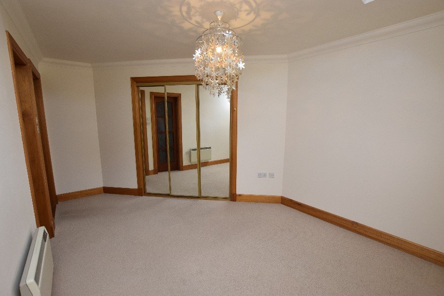 Flat For Sale - 31 Royal Marine Apartments, Marine Road ...