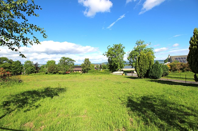 Plots of Land, Resaurie IV2 7NH