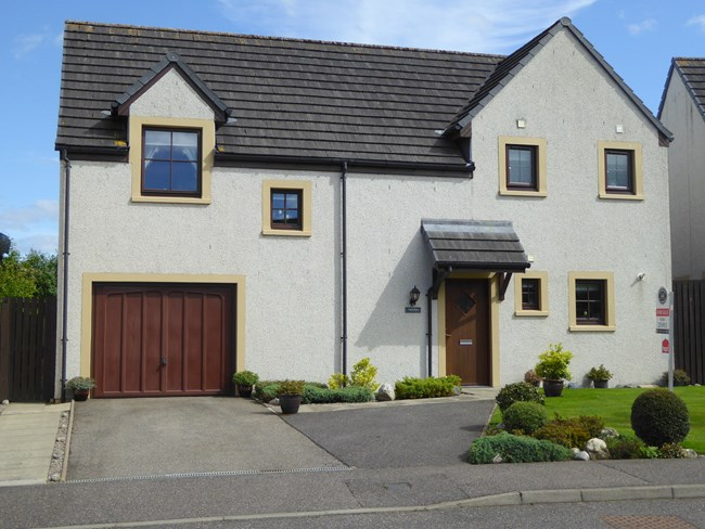 13 Wards Drive, Muir of Ord IV6 7PX
