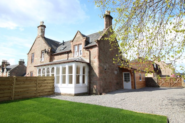 12B Porterfield Road, Inverness IV2 3HW