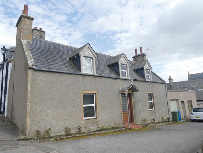 Wallace House, Wallace Street, Dornoch IV25 3PE