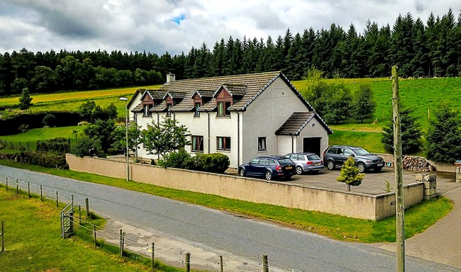 Cherry Cottage, Skye of Curr Road, Grantown On Spey PH26 3PA
