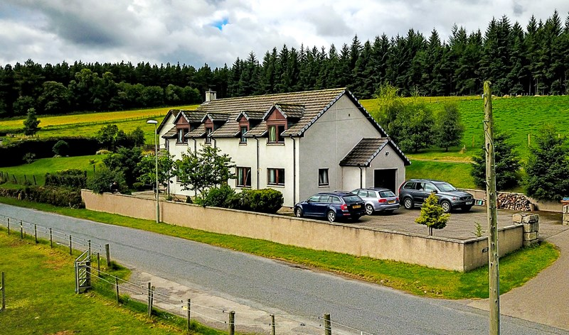 Cherry Cottage, Skye of Curr Road, Dulnain Bridge