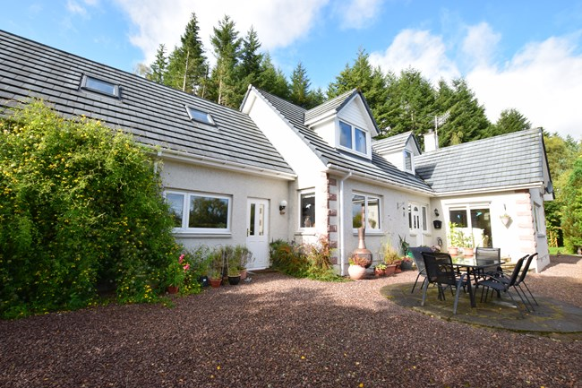 Strathglass View, Cannich IV4 7LX