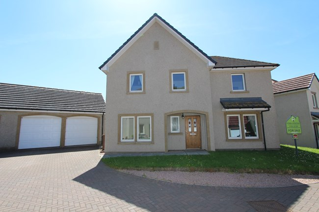 20 Dukes View, Inverness IV2 6BB