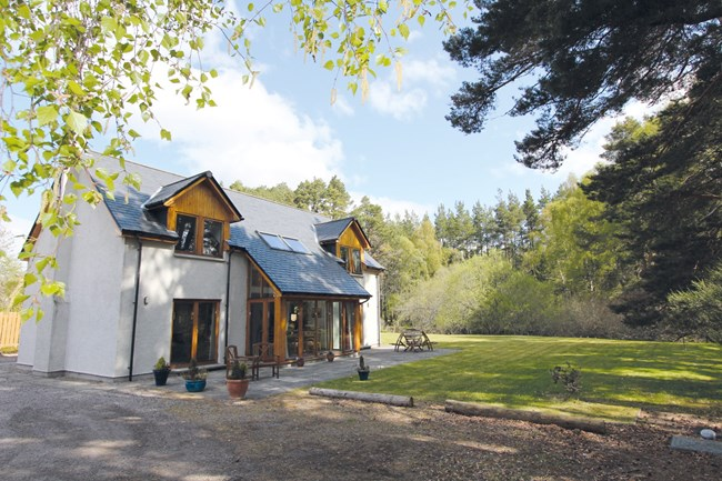 Tigh na Sonas, Braeval, Carrbridge PH23 3AA