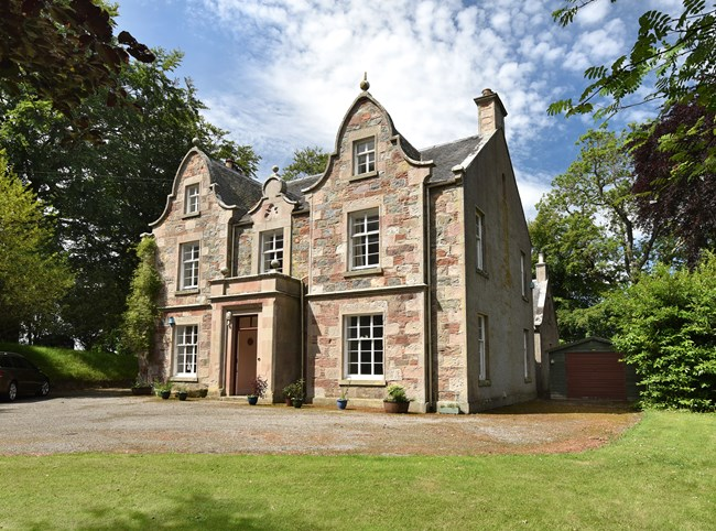 The Manse, Croy IV2 5PH