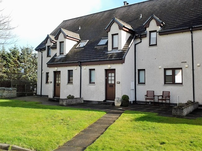 4 Links View, Golf Road Brora KW9 6QS