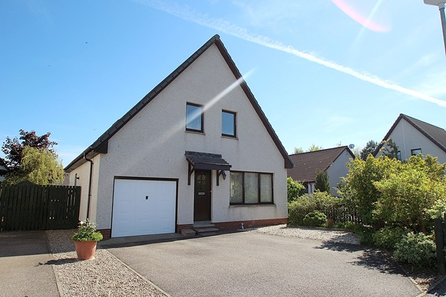 16 Castle Heather Crescent, Inverness IV2 4BF