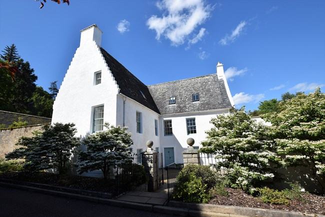 The Old Manse, Causeway, Cromarty IV11 8XJ