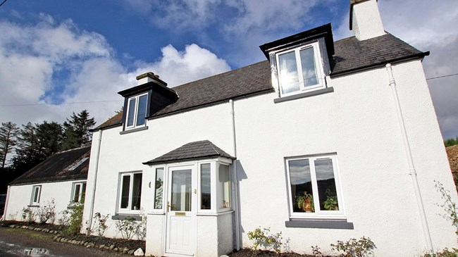Rose Cottage, 115 & 121 Ladies Loch, Brora KW9 6NG