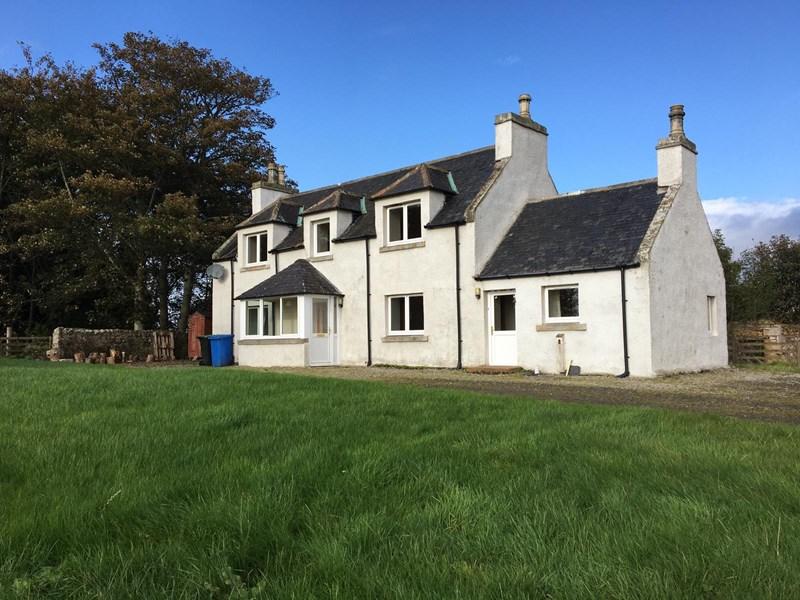 Meikle Rhynie Old Farmhouse