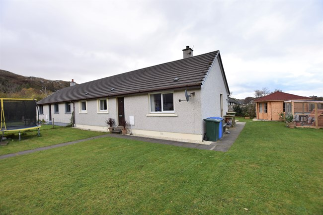 14 Moffat Square, Scourie IV27 4TW
