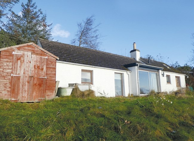 Molly's Croft, 87 Lothmore, Helmsdale KW8 6HP