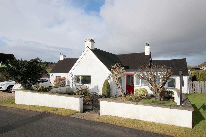 buy: Lochside Cottage,Loch Flemington,IV2 7QR