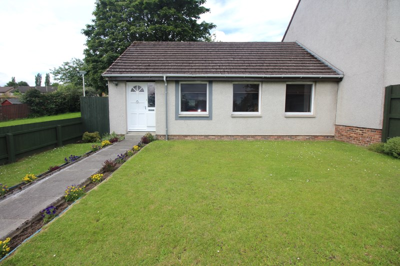 8 Suilven Way Inverness Kinmylies IV3 8PD