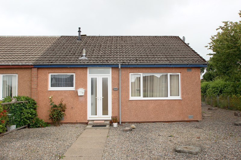 buy: 68 Balloan Road,Hilton,IV2 4PS