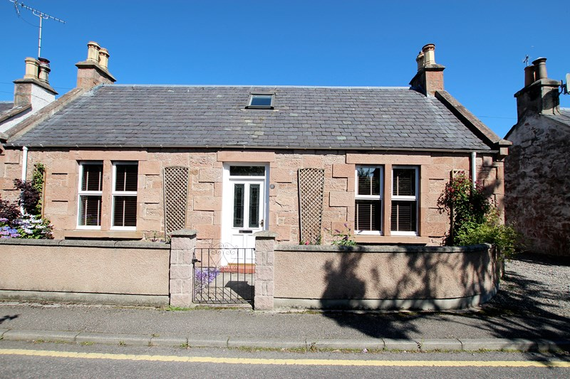 11 Ardross Place, Inverness