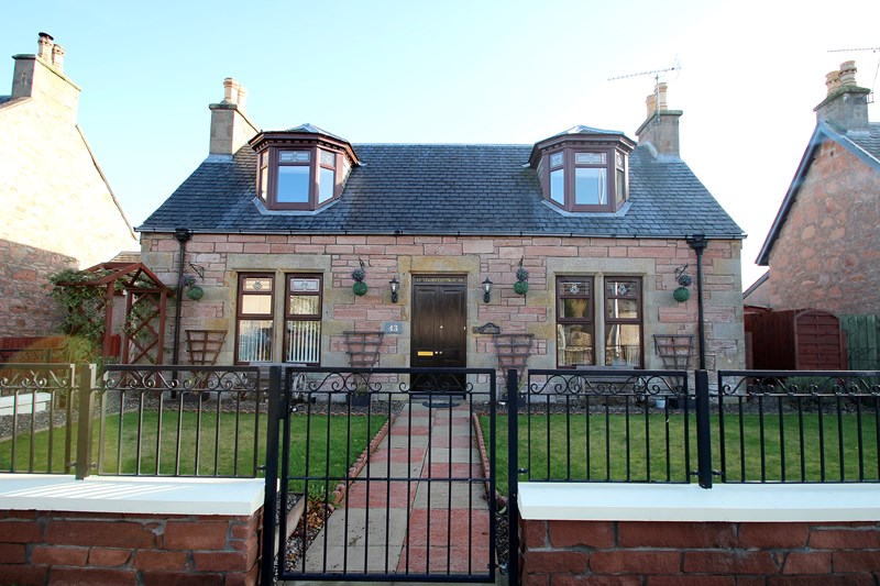 Logan Cottage, 43 Ballifeary Road, Inverness