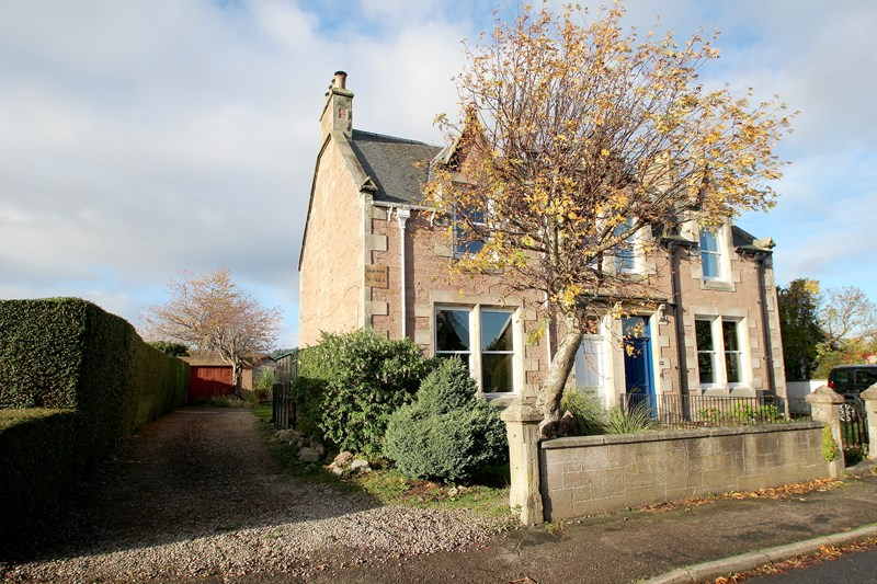 2 Elm Row Villa, 16 Ballifeary Road, Inverness