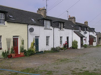 2 Tarlogie Farm Cottages, Tain