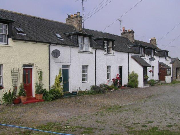 2 Tarlogie Cottages Tarlogie Tain IV19 1QA