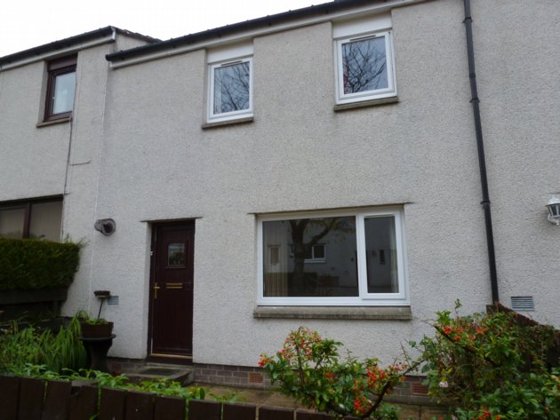 rent: 24 Mackenzie Road,Inverness,IV2 3DF