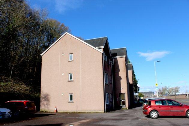 rent: 1 Millburn Place,Inverness,IV2 3PJ