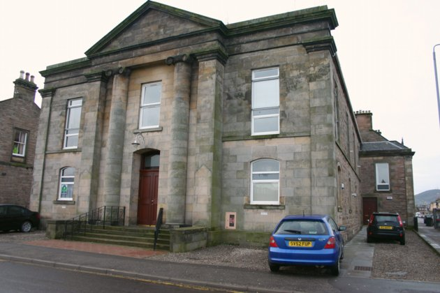 rent: 6 Bell Tower,Inverness,IV3 5QU