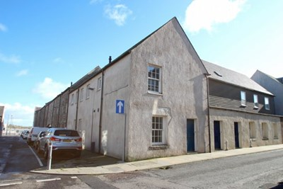 10 Grey Coast Buildings, Williamson Street Wick